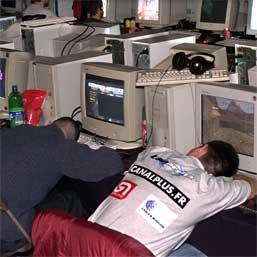 Internetul, ca alcoolul