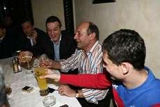 Basescu, asteptat sa se lase de fumat