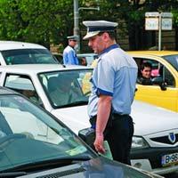 Tineti mainile pe volan daca va opreste politia