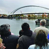 Peste Rin s-a construit pasarela cu cea mai mare deschidere din lume