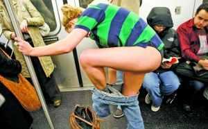 In chiloti la metrou