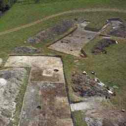 Satul neolitic de la Stonehenge