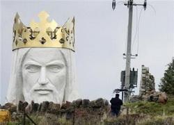 Mega statuia lui Iisus in Polonia
